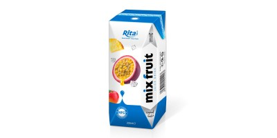 Mix fruit juice fresh in tetra pak